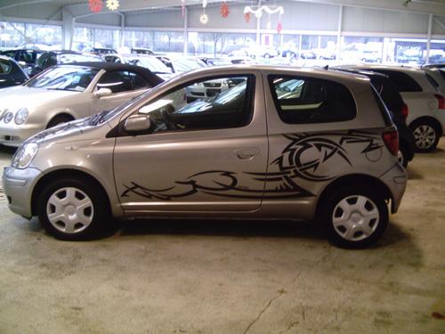 Toyota_Yaris_Tattoo_07.jpg